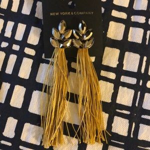 4 pairs NBW statement earrings